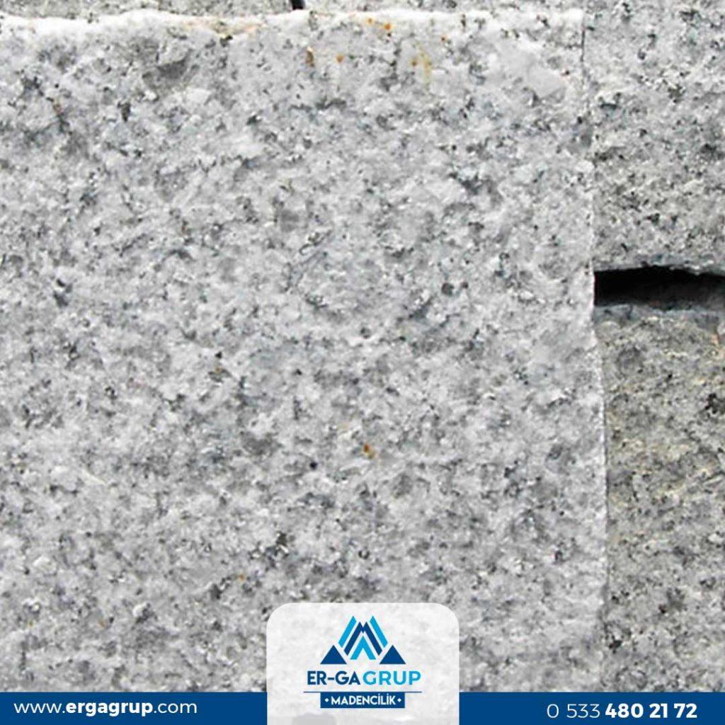 Doğal kırma Granit küp taş