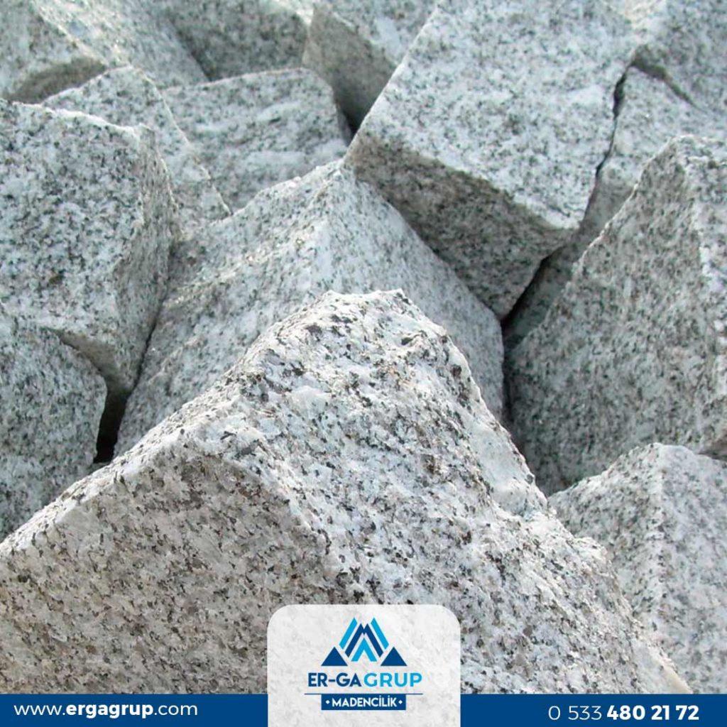 Bergama Granit Taşı